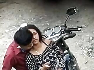 Watch anal hot Indian girl fucking bf in public